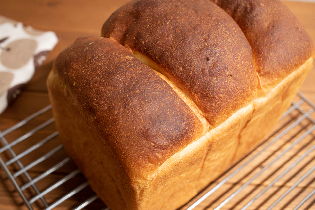ホシノ酵母で山食パン
