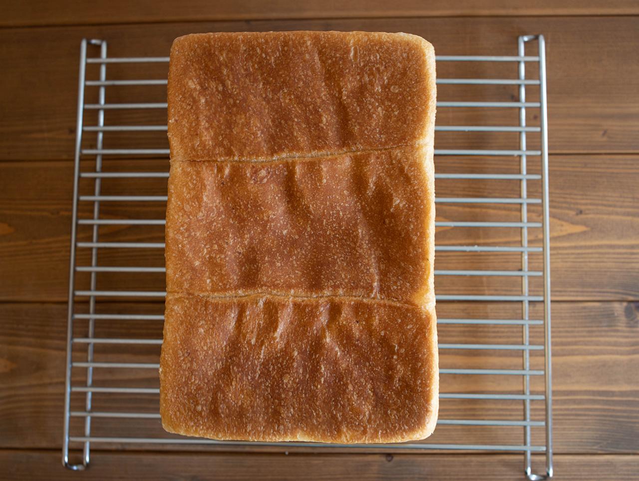 フルーツ酵母で角食パン